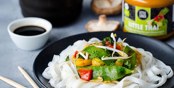 Reisnudeln mit Thai-Gemüse